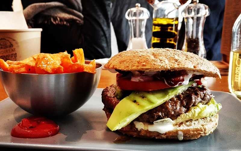 Hamburger sì, ma alla moda siciliana