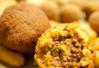 Arriva la regina dello street food: il 13 dicembre a Palermo è l'Arancina Day