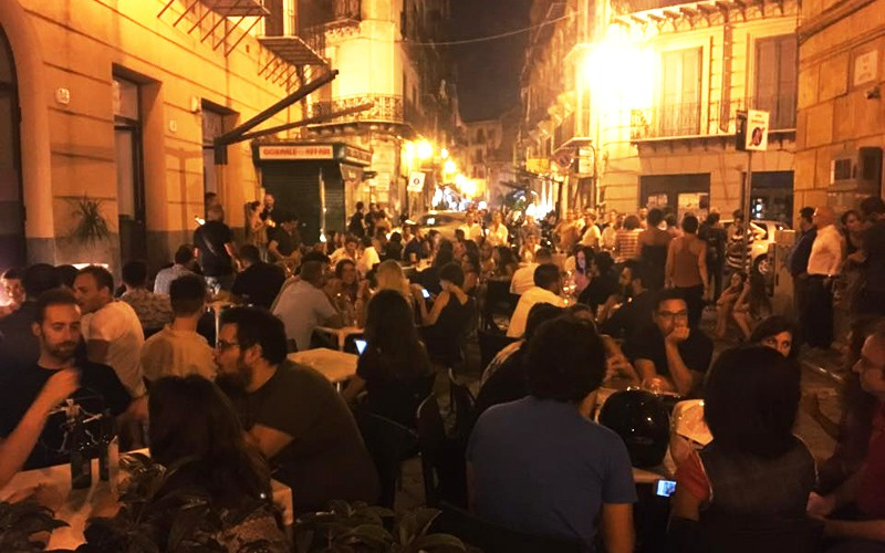 Palermo by night si vive all'aperto