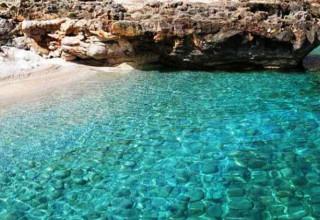 Macari, tra il blu del mare e il verde della natura