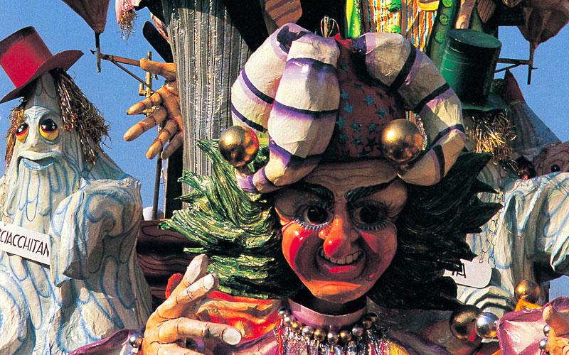 Carnevale: affitto un pullman e mi vado a divertire con gli amici!