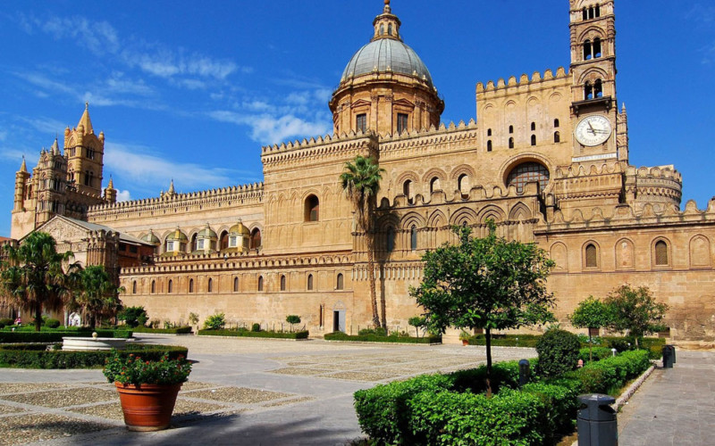 Easter in Palermo and its surroundings