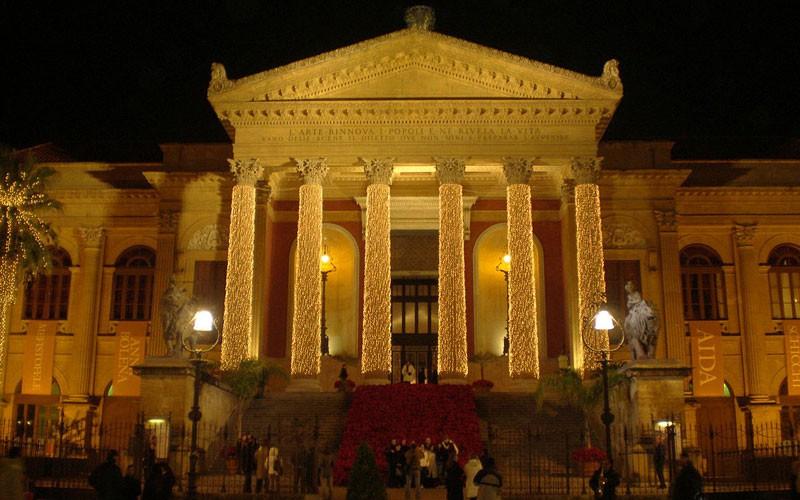 Presepi, palazzi storici e mercatini: a Palermo per Natale | Prestia ...