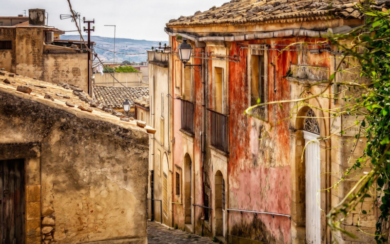Sicily: the region of records and curiosities