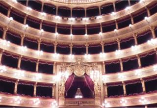Massimo e Politeama: i due grandi Teatri di Palermo