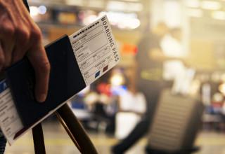 Viaggiare con minori: certificazioni e Green Pass